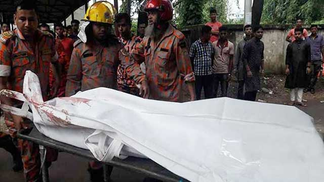 6 dead as bus crushes auto-rickshaw in Feni
