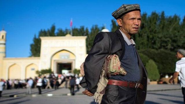 চীনে গণহারে উইঘুর মুসলিম আটকে জাতিসংঘের উদ্বেগ