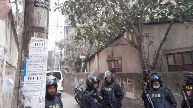 পশ্চিম নাখালপাড়ায় 'জঙ্গি আস্তানায়' অভিযানে কয়েকজন নিহত