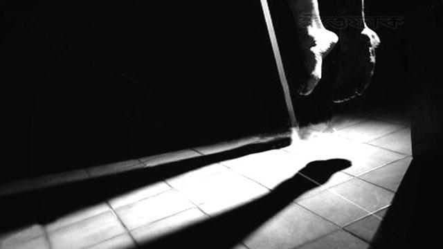 সাভারে পৃথক স্থানে ৩ জনের ঝুলন্ত লাশ উদ্ধার