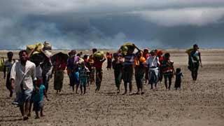 মিয়ানমারের কাছে ৮০৩২ রোহিঙ্গার তালিকা হস্তান্তর