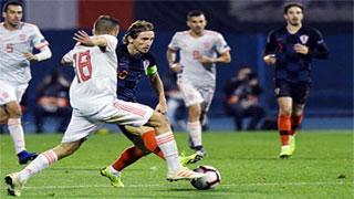 Croatia stun Spain to keep Nations League final hope alive