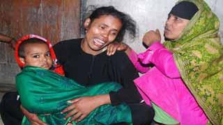 ছিনতাইয়ের কবলে নারী, কোল থেকে পড়ে শিশুর মৃত্যু