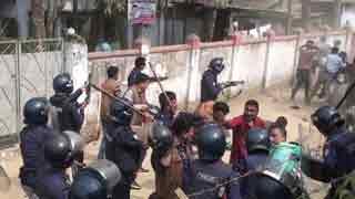 Police shoot BNP men, 20 injured