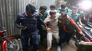 Shahidul Alam faked limping in front of camera: Joy