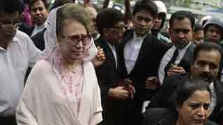 Khaleda Zia's lawyers boycott court