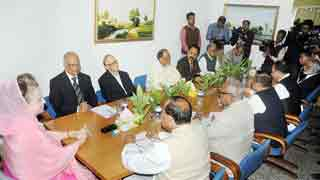 Khaleda Zia sits with BNP policymakers