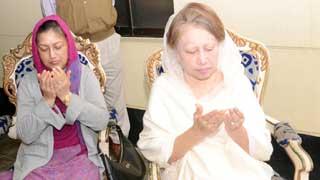খালেদা জিয়ার মাতার মৃত্যুবার্ষিকীতে দোয়া মাহফিল অনুষ্ঠিত