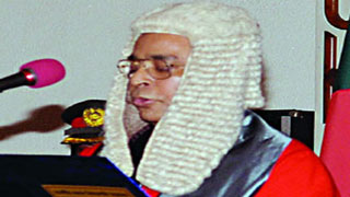 New CJ vows to try to uphold balance among three organs