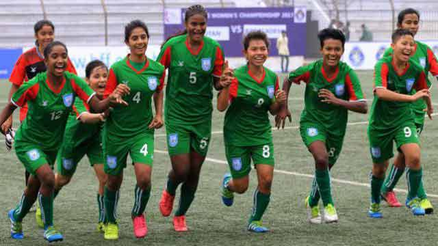 Bangladesh girls beat India