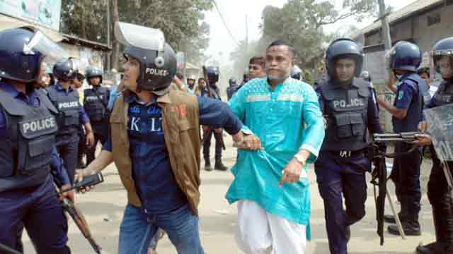 Attacks mark on BNP men during protests
