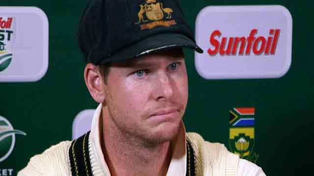 """Australia govt asks for Smith """"to be stood down immediately"""" from captaincy"""