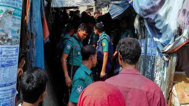 147 held in Hazaribagh, Karwan Bazar