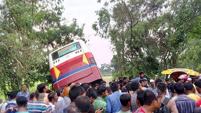 13 killed, 22 hurt in Natore road crash
