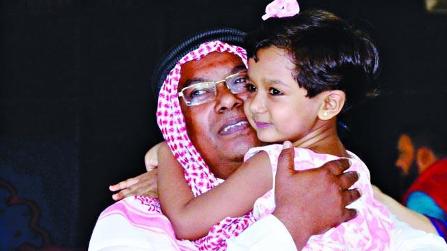 419 hajj pilgrims return home