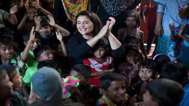 Jessie close to tears over Rohingya children's drawings of horrific genocide