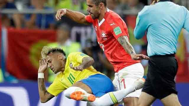 Neymar looks subdued