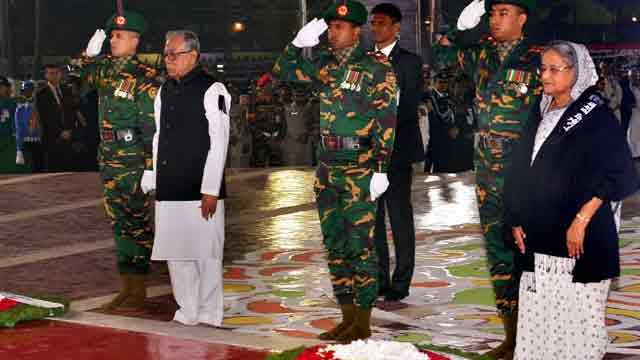 President, PM pay homage to language martyrs