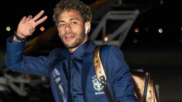 Brazil arrive in Russia as World Cup countdown begins