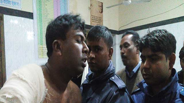 Cop hacked in Chuadanga