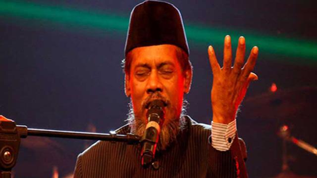 Bari Siddiqui on life support