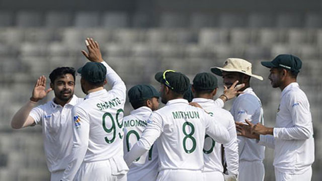 Zimbabwe 265 all out in first innings