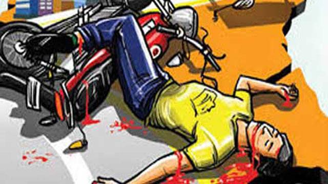 নরসিংদীতে বাস-ট্রাকের চাপায় ৪ মোটরসাইকেল আরোহী নিহত