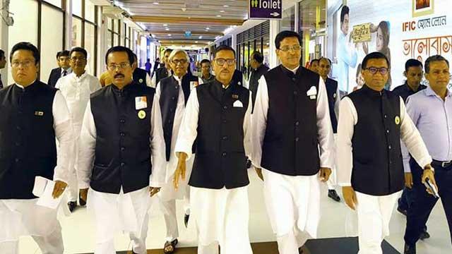 ভারত গেলেন আ.লীগের প্রতিনিধি দল, যাবে বিএনপিও