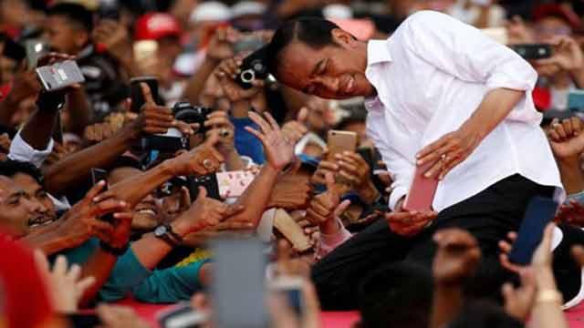 ইন্দোনেশিয়ায় প্রেসিডেন্ট পদে আবারো নির্বাচিত জোকো উইদোদো