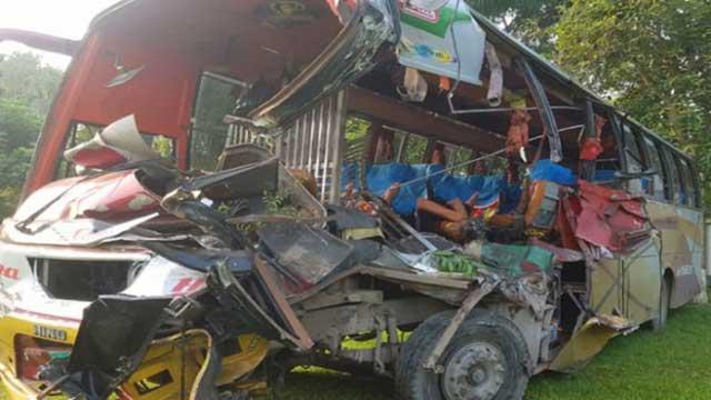 4 including cop killed as bus hits truck in Gopalganj