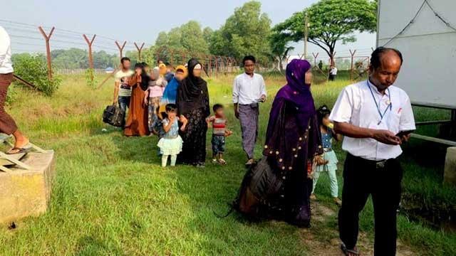 ২৯ রোহিঙ্গার স্বেচ্ছায় ফিরে যাওয়ার দাবি মিয়ানমারের, জানে না বাংলাদেশ