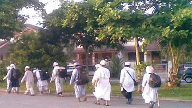 করোনা ভাইরাসের সংক্রণ রোধে তাবলিগ জামাতের সব কার্যক্রম স্থগিত