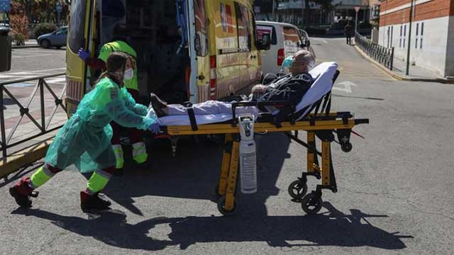 Global death toll from coronavirus reaches 554,304