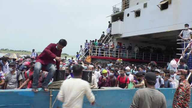 Mad rush at Shimulia ferry ghat ahead of Eid
