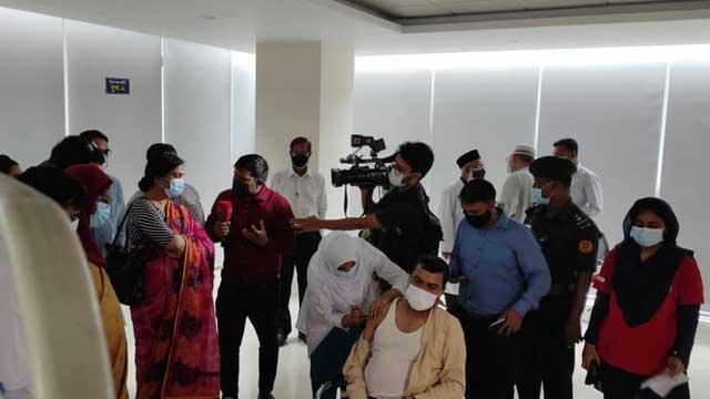 Pfizer Covid-19 shots being administered at 3 Dhaka centres
