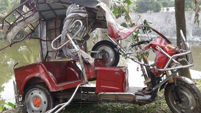3 killed in Naogaon road accident