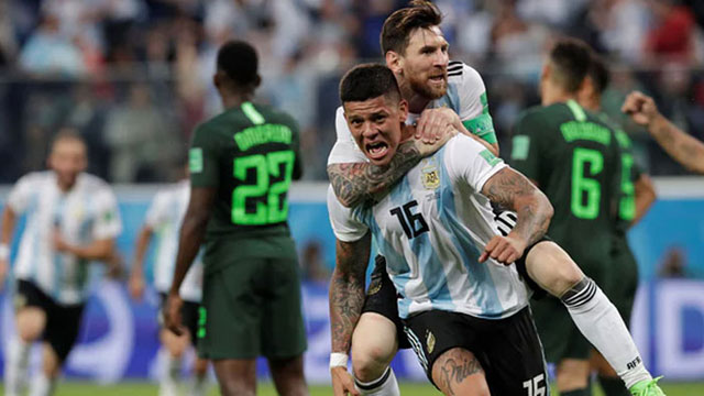 Argentina avoids heartbreak, strikes late to beat Nigeria