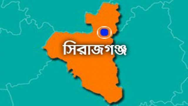 Voting suspended at Sirajganj centre, 3 polls officials held