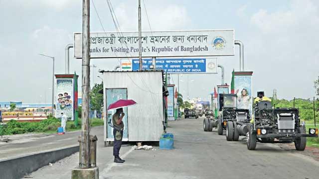10 Bangladeshis return after serving jail in India