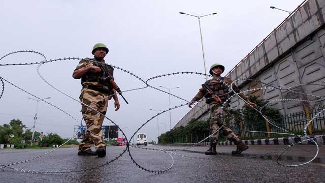তিন দশকে ভারতীয় বাহিনীর হাতে ৯৫ হাজার কাশ্মীরি নিহত