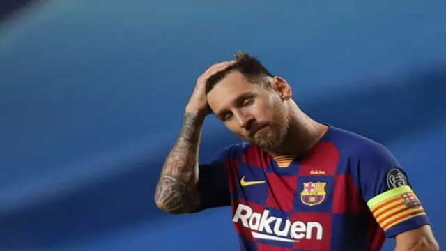 Messi hands in exit request to Barcelona