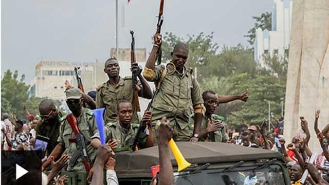 Mali president resigns after mutiny