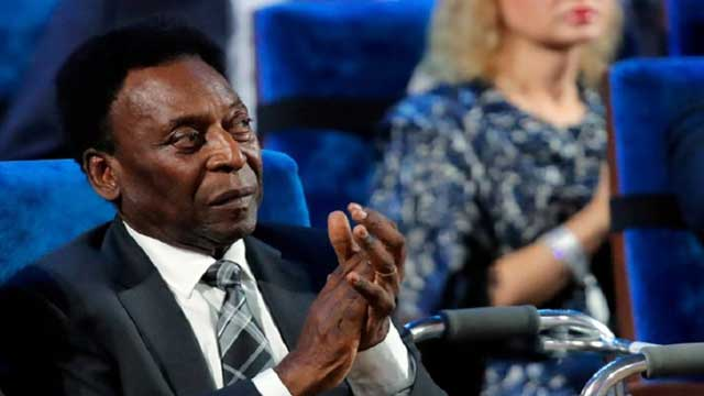Soccer legend Pele hospitalized with urinary infection