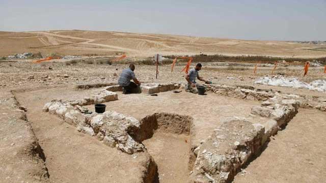 ইসরাইলের বেদুইন শহরে ১২০০ বছরের প্রাচীন মসজিদ আবিষ্কার