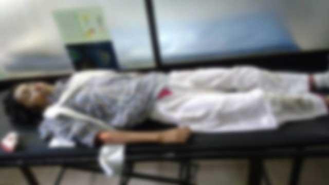 বাসচাপায় ২জন নিহত: ভাটারায় সড়ক অবরোধ, যানচলাচল বন্ধ