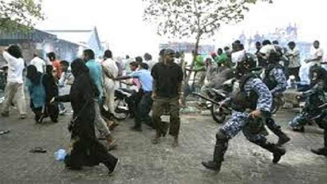 মালদ্বীপে টিভি চ্যানেল বন্ধ, সাংবাদিকতায় কঠোর বিধি নিষেধ