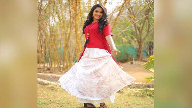আত্মহত্যা করলেন ভারতীয় অভিনেত্রী