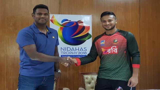 Bangladesh bowling against Sri Lanka