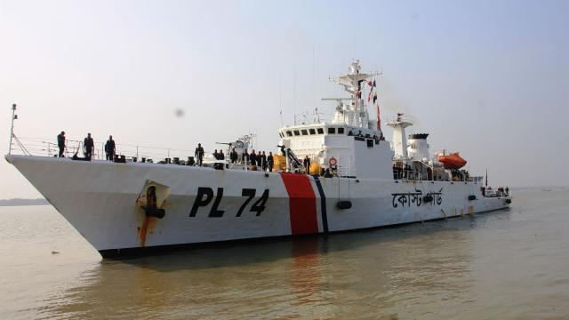 2 war vessels join Mongla Coast Guard to bolster security