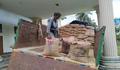 হাটহাজারীতে খাদ্য অধিদপ্তরের ১৯৫ বস্তা চাল উদ্ধার
